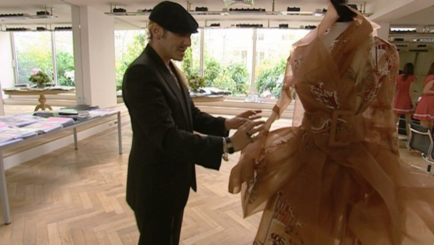John Galliano & Dior haute couture dress, photo ericabunker.com