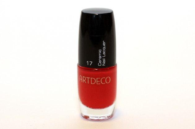 Artdeco coral red nailpolish