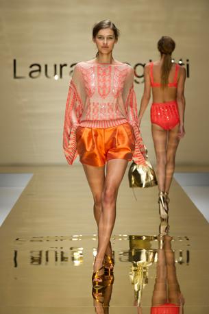laura-biagiotti-spring-summer-2012-07