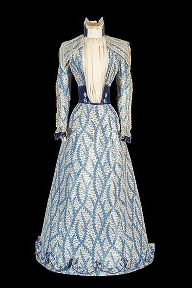 Sisi's Corfu dress © Schloß Schönbrunn Kultur- und BetriebsgesmbH, Photographer: Alexander E. Koller