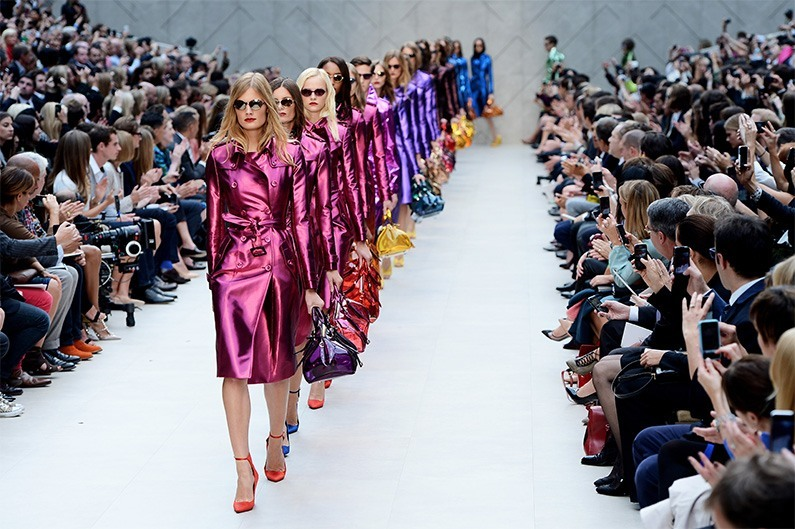 7 ways to get into fashion week without a ticket